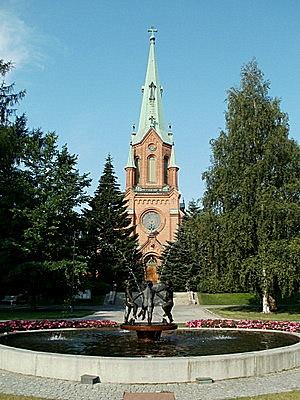 Aleksanterin kirkko ja Pyynikin kirkkopuisto Tampere