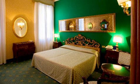Amadeus Venice Hotel