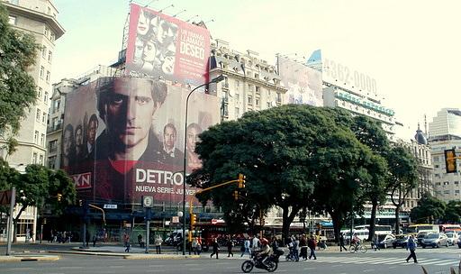 Avenida 9 de Julio Sarmiento Buenos Aires