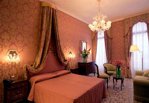 Casa Pisani Canal Hotel Venice Italy