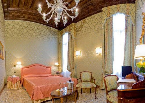 Colombina Hotel Venice Italy