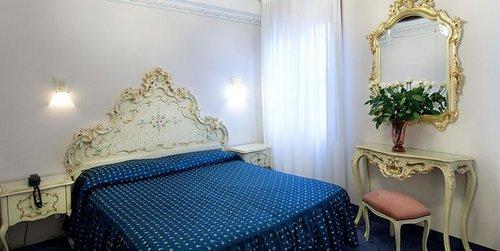 Diana Hotel Venice Italy