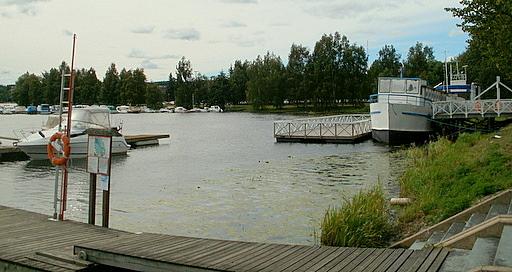Hämeenlinnan vierasvenelaituri