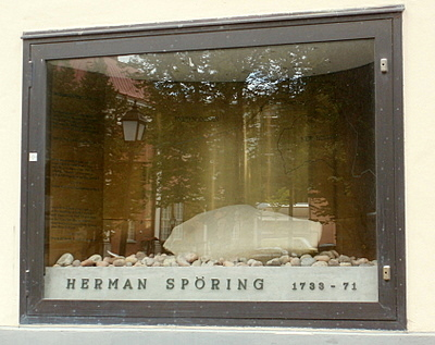 Herman Spöring muistomerkki Turku