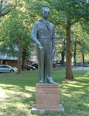 J. H. Erkko patsas Lahti