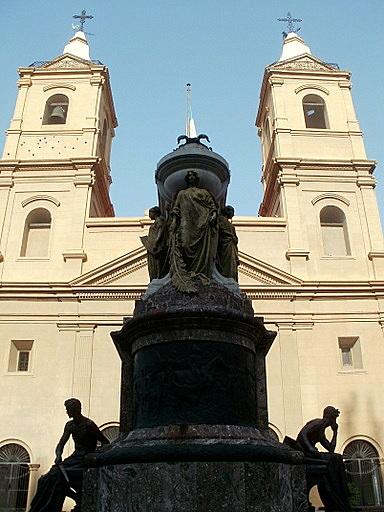 Mausoleo a Manuel Belgrano Basilica del Santisimo Rosario Buenos Aires