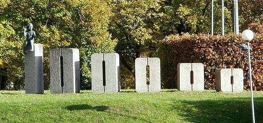 Monumentti 100 000. Tarton asukkaalle