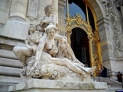 Petit Palais statue Paris France