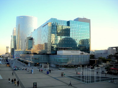 Quatre Temps Centre Commercial La Defense Paris France
