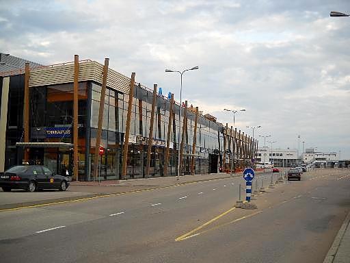 SadaMarket Tallinna ja sataman terminaalit a, b, ja c