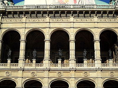 Vienna State Opera statues