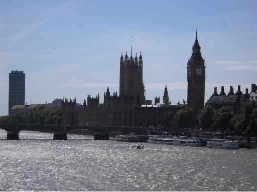 Big Ben Westminster Palace Thames River London