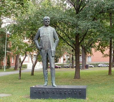 Jean Sibelius patsas Hämeenlinna