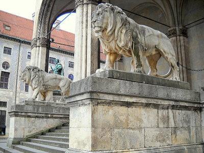 Lion statues Feldherrnhalle Munich Germany