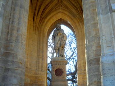 Tour Saint Jacques Blaise Pascal statue Paris France