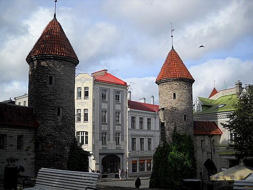 Viru kadun portin tornit Tallinna